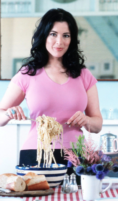 The lovely NIgella Lawson, in the pink